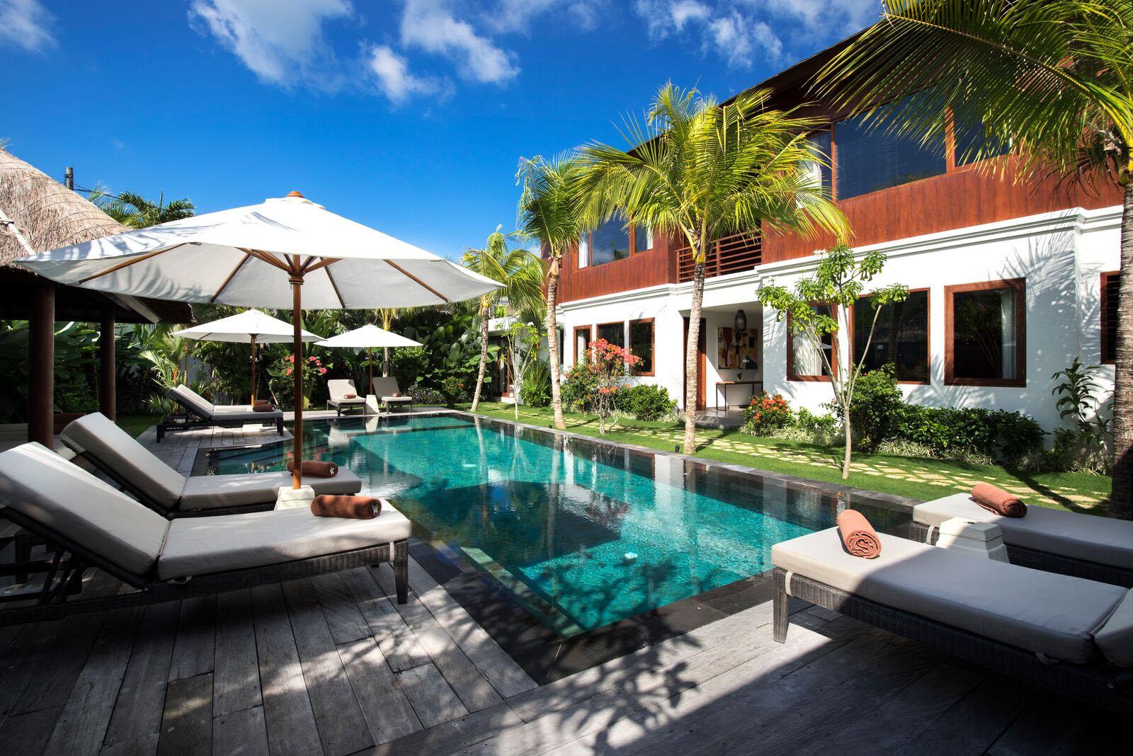 Villa tangram 6 bedrooms villa in seminyak bali for 6 bedroom villa bali